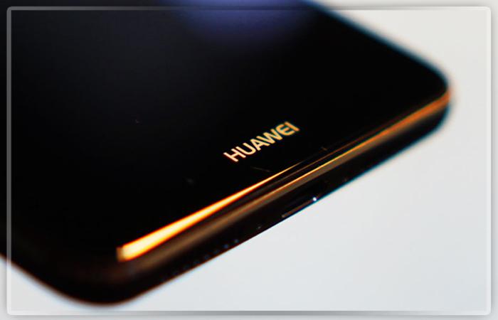 Компании Huawei может нехватить дисплеев из-за iPhone 8