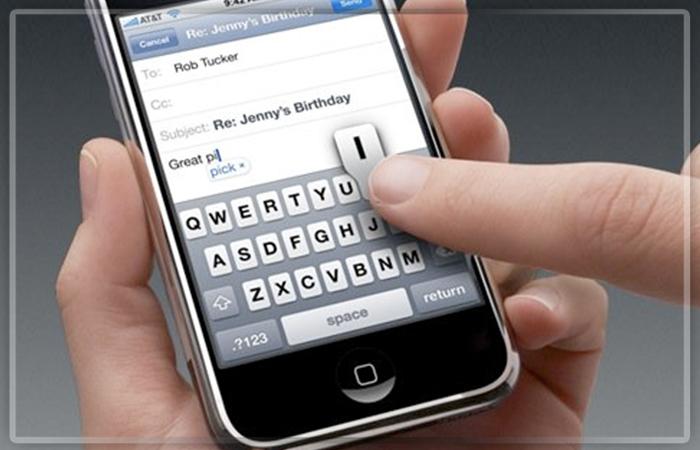 Первые прототипы iPhone компании Apple показали в Твиттер
