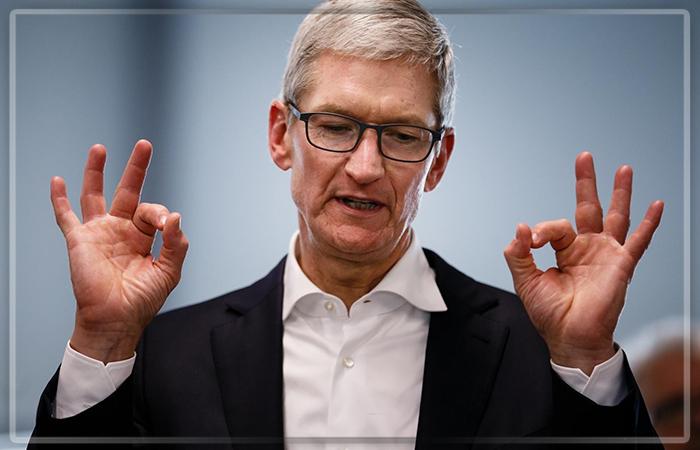 Руководителя Apple вынудили летать только начастных самолетах